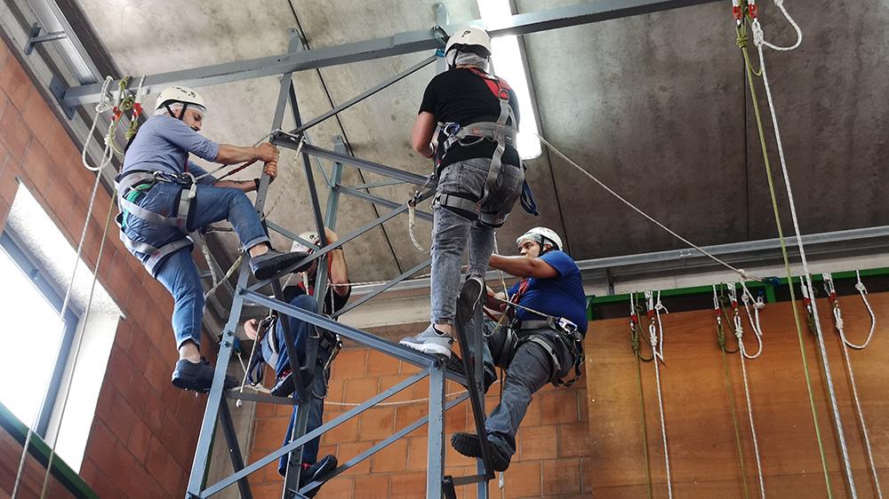 Esercitazioni Funi palestra - Amorini Safety