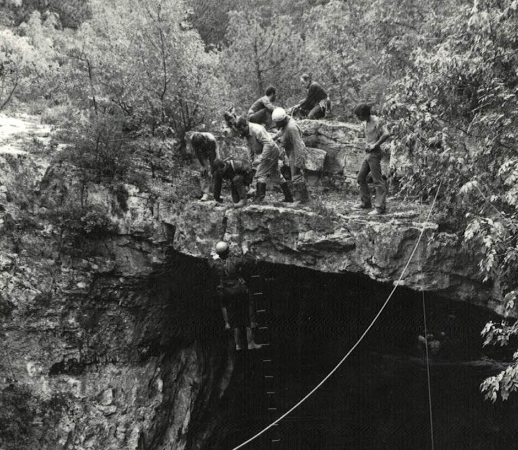 Apertura grotta fondo franco